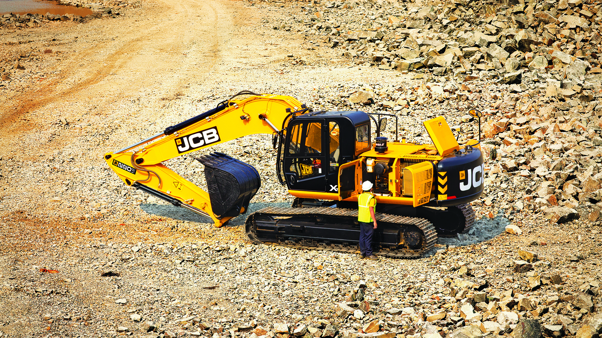 JCB 220LC Xtra Tracked Excavator Wallpaper