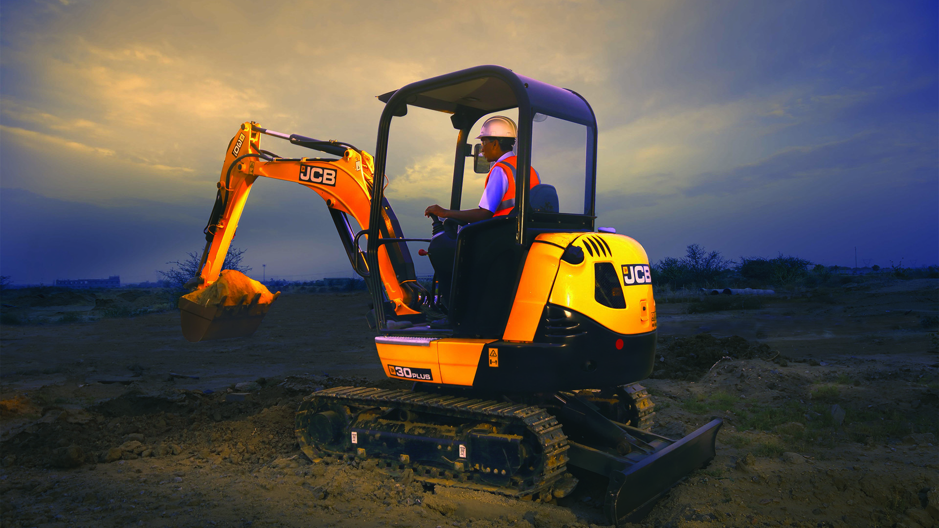 JCB 30Plus Tracked Excavator Images